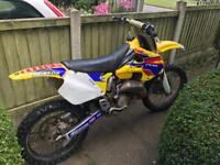 Suzuki rm 125 motocross bike