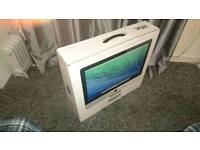 iMac 21.5 for sale with accessories.