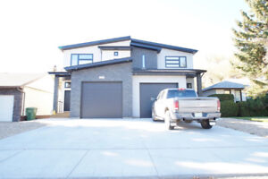 Great East Side Location- 4 Bedroom House for Rent!!