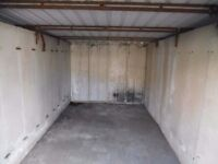 LOCK UP GARAGE TO LET IN MANCHESTER