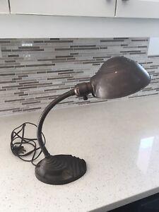 Lampe antique Eagle des années 1940