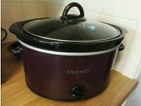PURPLE CROCKPOT SLOW COOKER - used but in great condition