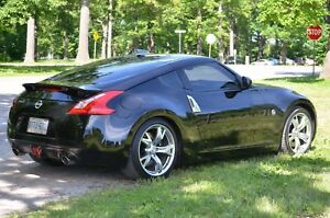 Nissan 370Z - Sport Touring with Nav