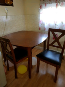 Dark table/ 2 chairs... $85 OBO