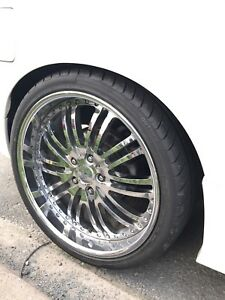"19"" chrome staggered rims"