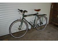 Dawes Galaxy Touring Bike Reynolds 531 . 22.5 Frame.