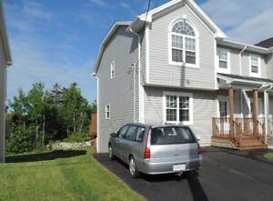 Cozy 3 Bedroom Semidetached Home for Rent