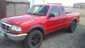 2005 Mazda B-Series Pickups B4000 4 X 4 Off Road Pickup Truck