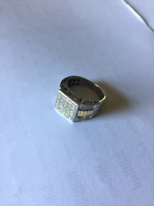 1ct. White & Yellow Gold Men's Ring Size 9.5