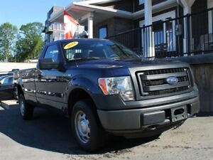 2014 Ford F-150 XL / 3.7L V6 / Auto / 4x4 **Work Ready!**