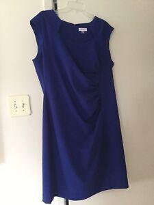 Robe bleu sans manches 16 ans (XL)