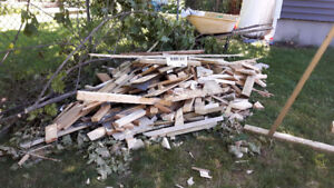 Leftover wood - offcuts of various sizes