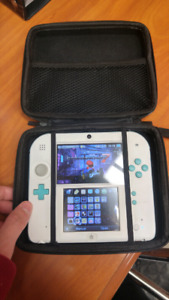 Selling 2DS modded with CFW and 32gb SD
