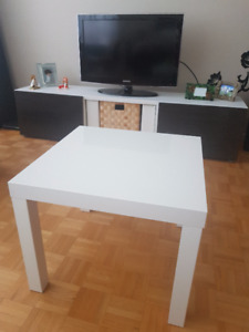 Lack side table (IKEA), high white gloss / Table d'appoint