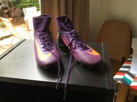 Nike football sockboot - boys