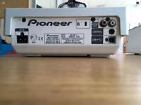 AMAZING WHITE PIONEER CDJ-350 2x Multi Player and DJ Mixer