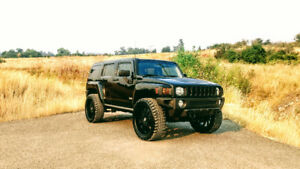2007 HUMMER H3 Luxury SUV, Crossover