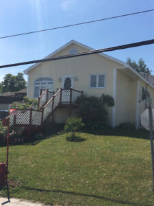 COZY, AFFORDABLE HOME 169,900