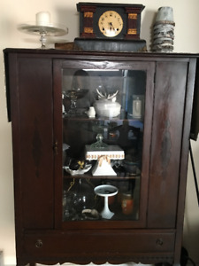 Antique Dining Table, Hutch, Credezna