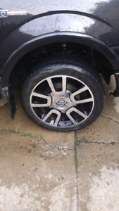 """Ford f150 22"""" rim for sale"""
