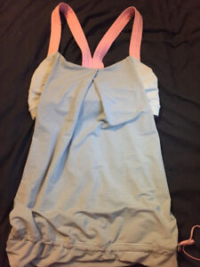 lululemon tank, with sports bra built in