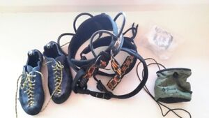 WOMEN'S ROCK CLIMBING EQUIPMENT