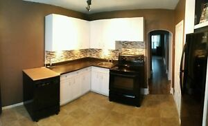 2 Bed 1 Bath On Lincoln $1250 + Utilities