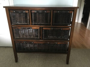 Chest with wicker drawers