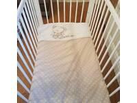 White cot set bundle excellent condition
