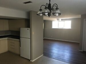 Available Aug 1st  2 bedroom Apartment $995