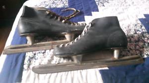 1950s  racing skates