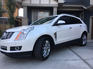 2015 Cadillac SRX Premium SUV, Crossover- MINT with LOW KM'S