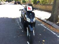 PIAGGIO CARNABY 125cc black 2009 not vespa Beverly low mileage