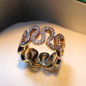 Beautiful 10K Unique Thick Ring