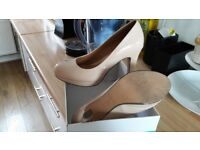 Clarks Softwear Ladies shoes - Size 5