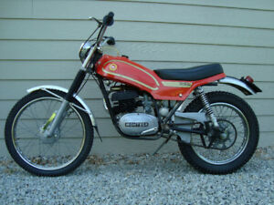 Collector Bike - Montessa Cota 123-T