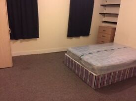 Room Share Close to Ilford Station