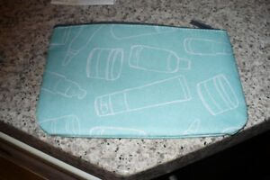brand new proactiv cosmetic pouch