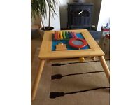 iToy children's wooden music table