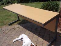 Desk Ideal for Student, Workroom, Office etc.