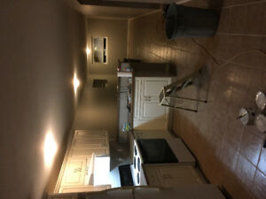 2 bedroom suite available oct 1