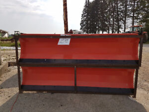 Brand New Hydraulic Skid Steer Blade / Snow Plow Attachment