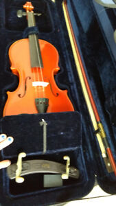 Gewa Violin Outfit - - Perfect for beginners!