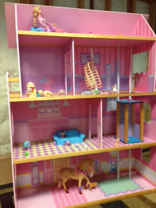 Four Story Barbie House with Elevator