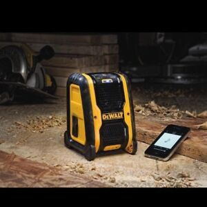 DeWalt Wireless Bluetooth Speaker with Charger and 3 Batteries
