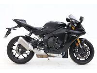 REDUCED!!! 2017 Yamaha R1 --- PRICE PROMISE!!!