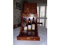 Rosewood cantilever wine box
