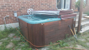 Hot-Tub (Jacuzzi) for Sale