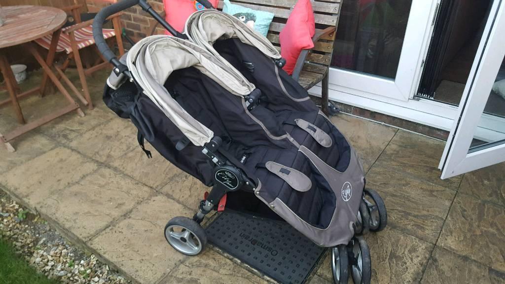 Baby jogger city mini double buggy.
