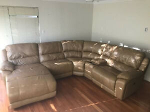 Luxurious Top Grain Leather Sectional